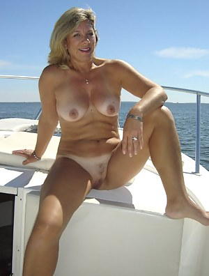 Mature Boat Porn Pictures
