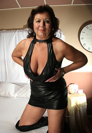Mature Boots Porn Pictures