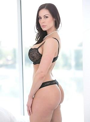 Mature Beauty Porn Pictures