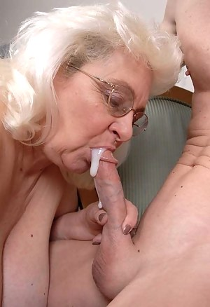 Cum in Mature Mouth Porn Pictures